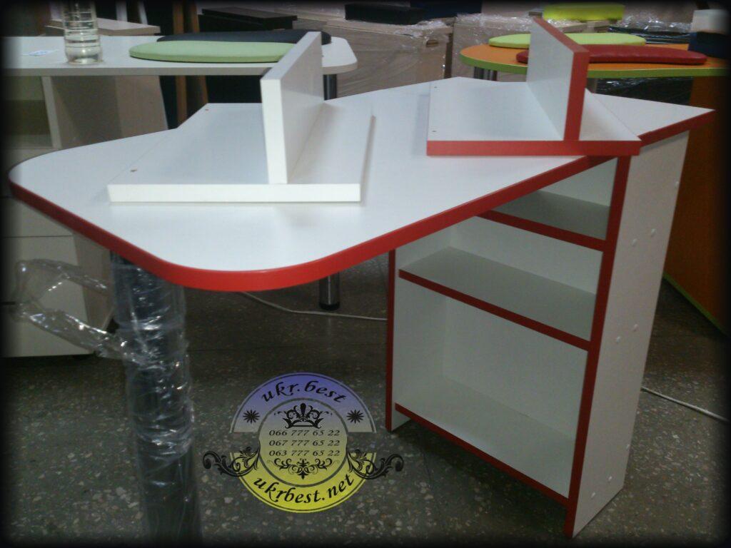 Заказать компактный складывающийся маникюрный стол в Украине